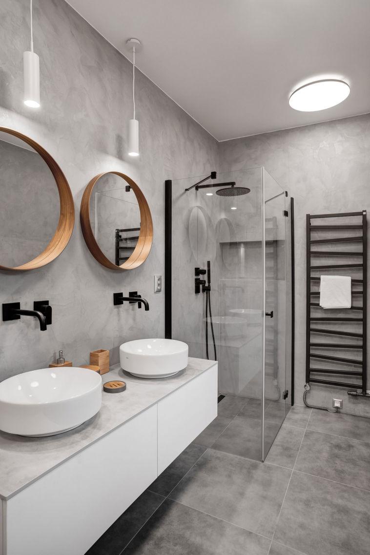 koupelna se sprchovym koutem